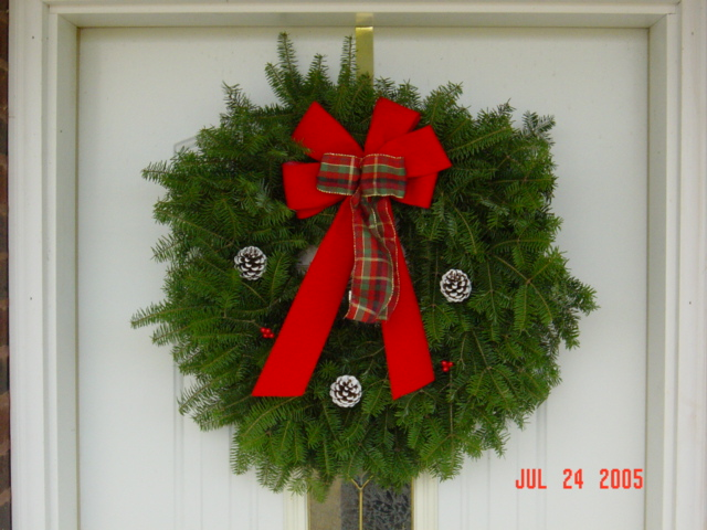balsam christmas wreath24 wplaid bow - Christmas Wreath Decorations Wholesale
